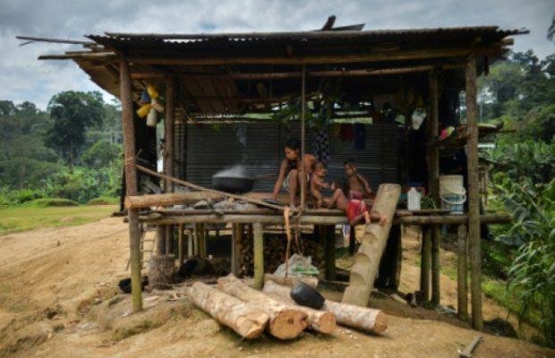 Attaques paramilitaires : plus de 100 familles déplacées dans le Chocó